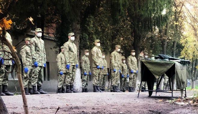 Omagii aduse eroilor. Ziua Veteranilor din teatrele de operații, celebrată în garnizoane - ziuaveteranilor12-1605113574.jpg