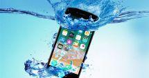 Cât de rezistent este telefonul tău la apă
