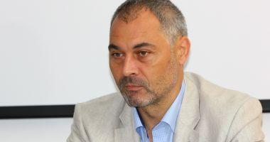 Fostul director al CJAS Constanța, Dragoș Poteleanu, escortat la închisoare