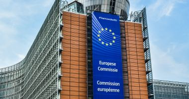 Redresarea încrederii în economia zonei euro s-a intensificat în luna iunie
