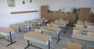 MEC propune realizarea unei hărţi a şcolilor dezavantajate din România