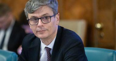 Ministrul Economiei: Jumătate dintre măştile aflate pe piaţă nu protejează împotriva Covid