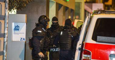 Doi români, acuzaţi că au condus o reţea de prostituţie ilegală în Elveţia