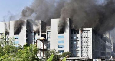 Cea mai mare fabrică de vaccinuri anti-COVID din lume a luat foc