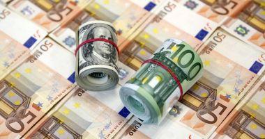 O româncă și-a păcălit amantul spaniol cu aproape 1 milion de euro. Cum a facut-o