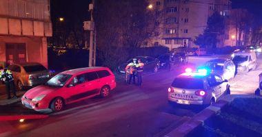 Șoferul care a avariat ZECE MAȘINI, în cartierul Poarta 6, dus la arestare!