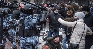 Jean-Yves Le Drian: Arestările la protestele pro-Navalnîi sunt o atingere ''insuportabilă'' adusă statului de drept