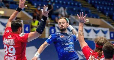 Doi handbalişti de la HC Dobrogea Sud, sub comanda selecţionerului Xavier Pascual