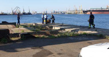 Bărbat de 74 de ani, căzut în apă, în Portul Constanța