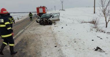 GALERIE FOTO / ACCIDENT GRAV LA HÂRȘOVA: COPIL ÎN COMĂ și trei adulți răniți!