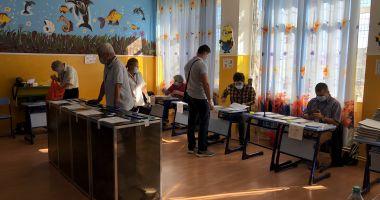 Zeci de reclamații la Poliție privind alegerile în Constanța: fraude, amenințări, mită și fals!