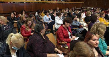 UPDATE - Soarta învățământului, dezbătută la Constanța, în aceste momente
