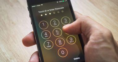 Oamenii folosesc coduri simple de deblocare a telefoanelor mobile