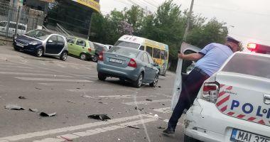 GALERIE FOTO / Accident rutier în care a fost implicată o mașină de Poliție, la Constanța