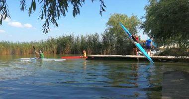 Practicanții de kaiac-canoe de la CS Farul se pregătesc în condiții normale