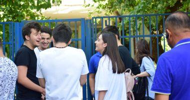 ISJ Constanța a rezolvat problema: elevii peste 18 ani vor primi alocațiile fără întârzieri!