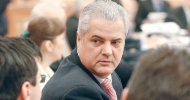 """Procurorii cer între 3 și 10 ani de închisoare pentru Năstase în """"Dosarul Zambaccian"""""""