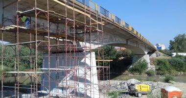 Atenţie, şoferi! Se reiau lucrările de reparații la Podul peste Ialomița!