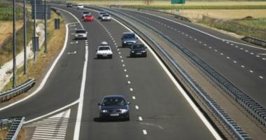 INCENDIU pe Autostrada Soarelui. Traficul este îngreunat din cauza vizibilității extrem de reduse