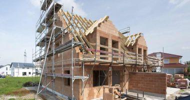 Numărul autorizațiilor pentru construcția de locuințe este în creștere