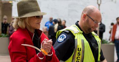 Actrița Jane Fonda a fost arestată pentru a patra oară