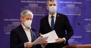 Barna și Cioloș vor să fie dublu-președinți, de partid și țară
