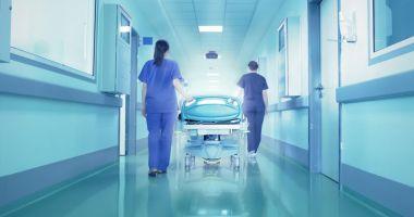 Infirmieră găsită beată în timpul serviciului: Femeia a fost prinsă cu o alcoolemie record de 3,43