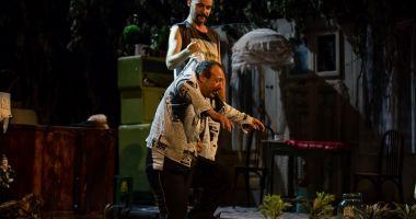 """Spectacolul """"Billy șchiopul"""", în week-end, la Teatrul de Stat Constanţa"""