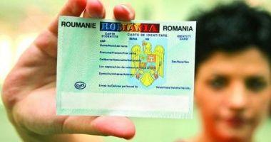 Românii vor avea buletine noi cu cip, de anul viitor. Ce riscă cei care vor opta pentru un buletin fără cip