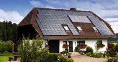 """Proprietarii de case pot primi până la 15.000 de euro prin programul """"Casa Eficientă Energetic"""""""