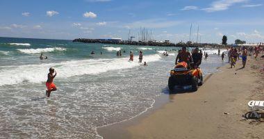 GALERIE FOTO - VIDEO / Căutări disperate ale tânărului dispărut în mare, la Eforie
