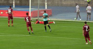 Fotbal / Dudelange - CFR Cluj 2-0. Campioana României s-a făcut de râs în Luxemburg