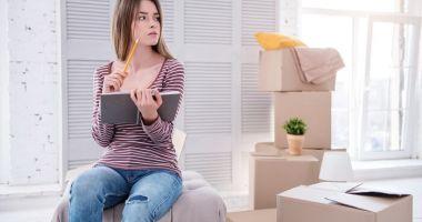 Fetele tind să plece mai devreme din casa părintească decât băieții