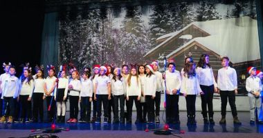 Concert de colinde  dedicat tuturor  absolvenților Școlii nr. 38