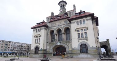 Concurs de eseuri online, pentru elevi, la Muzeul de Istorie