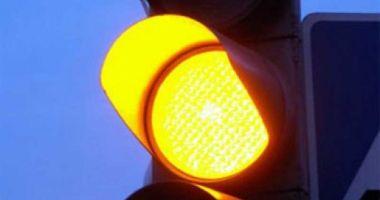 """Poliția Constanța despre """"galbenul intermitent"""": """"Șoferii trebuie să respecte prioritatea!"""""""