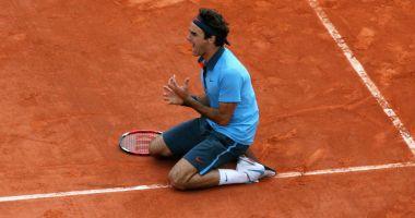 Din cauza unei operații la genunchi, Federer va rata Roland Garros!