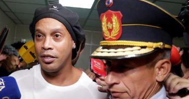 Ronaldinho, în arest! Eforturi la nivel înalt pentru eliberarea sa