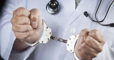 Medic psihiatru din Constanța, condamnat la închisoare cu executare