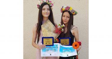 Două absolvente de 10, la Şcoala Gimnazială nr. 8 Constanţa