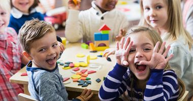 Tot ce trebuie să știți despre reînscrierile copiilor la grădiniță