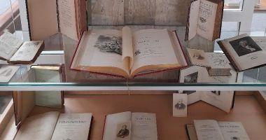 Expoziţie de colecţii speciale din literatura franceză, la Biblioteca Judeţeană Constanţa