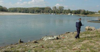 Fetiță de 13 ani, posibil înecată în brațul Borcea al Dunării