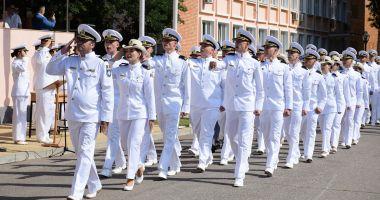 """O nouă promoţie de absolvenţi la Academia Navală. """"Am fost o generaţie norocoasă!"""""""