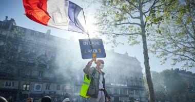 Este grevă generală în Franța! Motivul pentru care protestează sute de mii de oameni