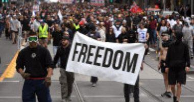 Proteste masive în Australia împotriva unui nou lockdown. Sute de persoane, arestate
