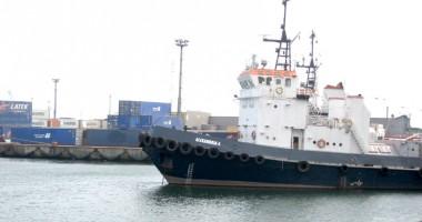 Furtuna a paralizat porturile Constanța, Midia și Mangalia