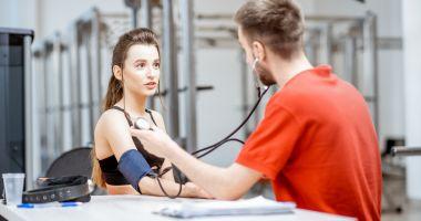 Avertismentul specialiştilor! Hipertensiunea este o boală tăcută, dar periculoasă