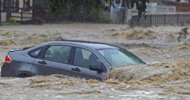 COD PORTOCALIU de inundații în bazine hidrografice din 19 de județe