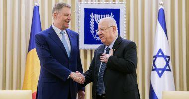 Iohannis, în Israel: România, angajată să continue susținerea constantă privind prezervarea memoriei Holocaustului